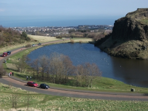Holyrood Park - Geowalks Geology Tours - Queens Drive